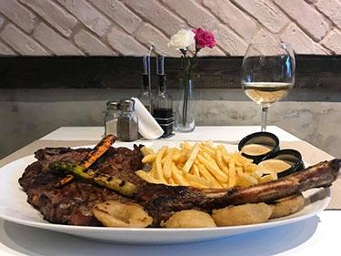 Tomahawk Steak 1250 grams
